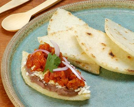 Huaraches de Chorizo